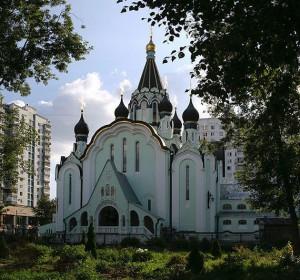 Храм Воскресения Христова в Сокольниках. Фото с сайта www.tourister.ru